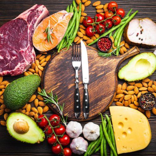 Liste des aliments pauvres en glucides et riches en graisses