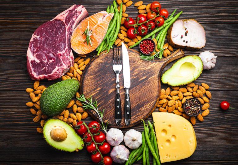 Liste des aliments pauvres en glucides et riches en ...