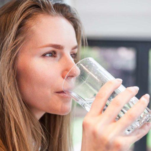 Pourquoi un régime low-carb peut-il donner mauvaise haleine